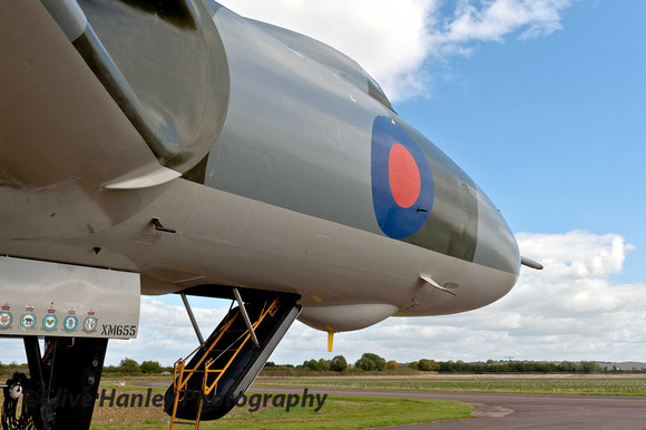 XM655 waits at Wellesbourne in the hope that it may see its sister XH558 during it's Jubilee flight.