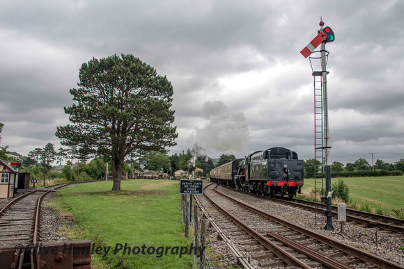 The 1st train of the day had already set off from Toddington. I caught a shot at Gotherington.