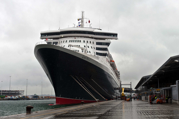 Queen Mary 2 at Southampton in pouring rain!