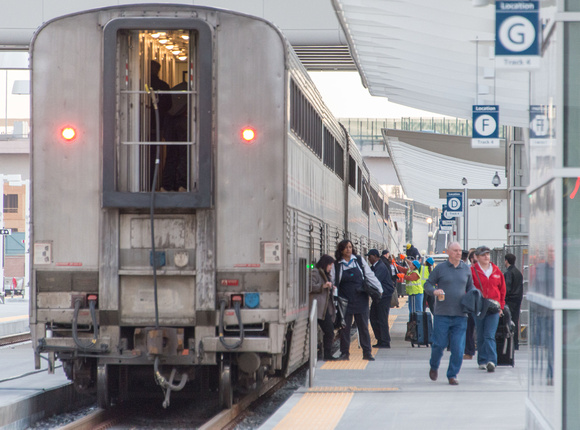 The students from West Illinois UNI arrive at Denver on board the California Zephyr from Galesburg.