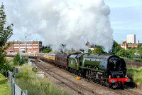 29 June 2013. The Scarborough Flyer with 46233